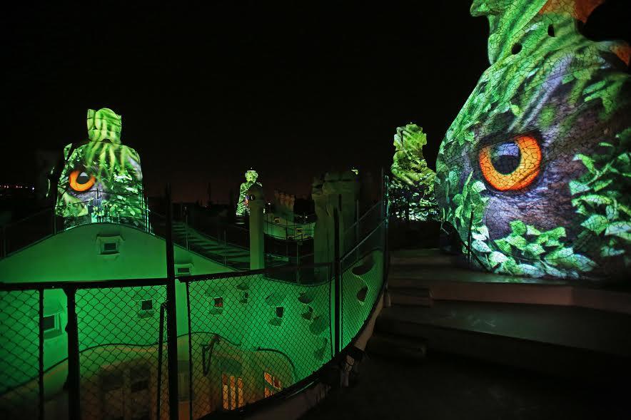 La Pedrera de Gaudí: Les origines, Visite nocturne, Barcelone 2 Mai 2016 - 1 Janvier 2017