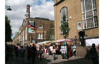 红砖巷,饮食,伦敦