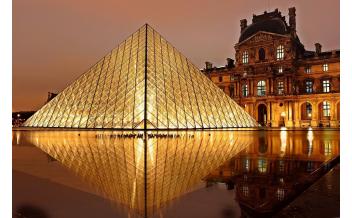 卢浮宫(巴黎):全年