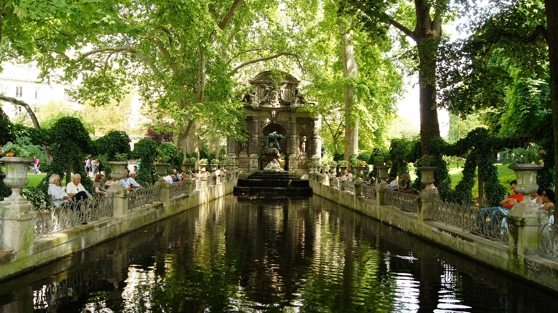 Jardin du Luxembourg, Paris: All Year
