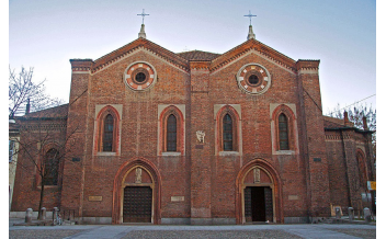 Церковь Санта-Мария-Инкороната, Милан: круглый год