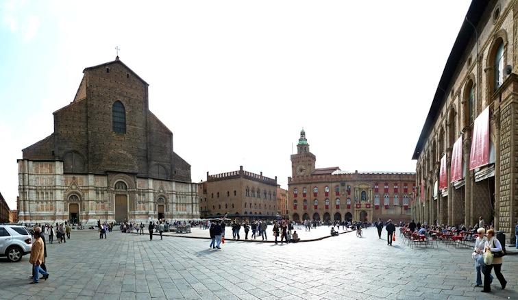 Piazza Maggiore, Bologna