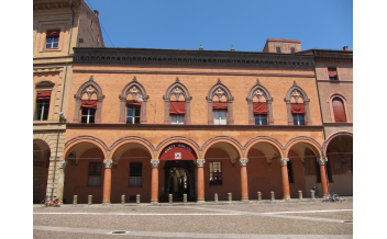 Corte Isolani, Bologne : toute l'année