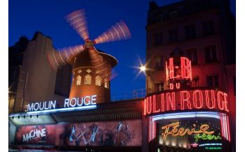 The Moulin Rouge show with half bottle of champagne, 9:00pm