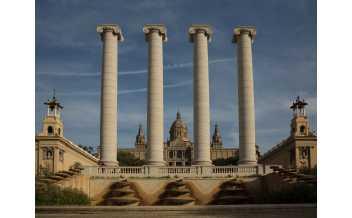 Национальный музей искусства Каталонии, Барселона, Испания: Круглый год