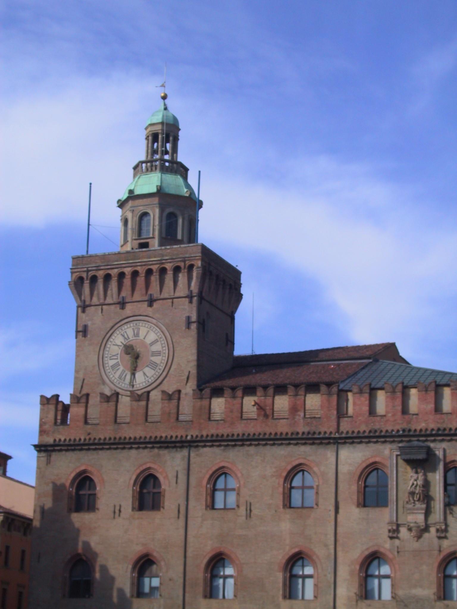 Palazzo Comunale (Palazzo d'Accursio), Bologna: All Year