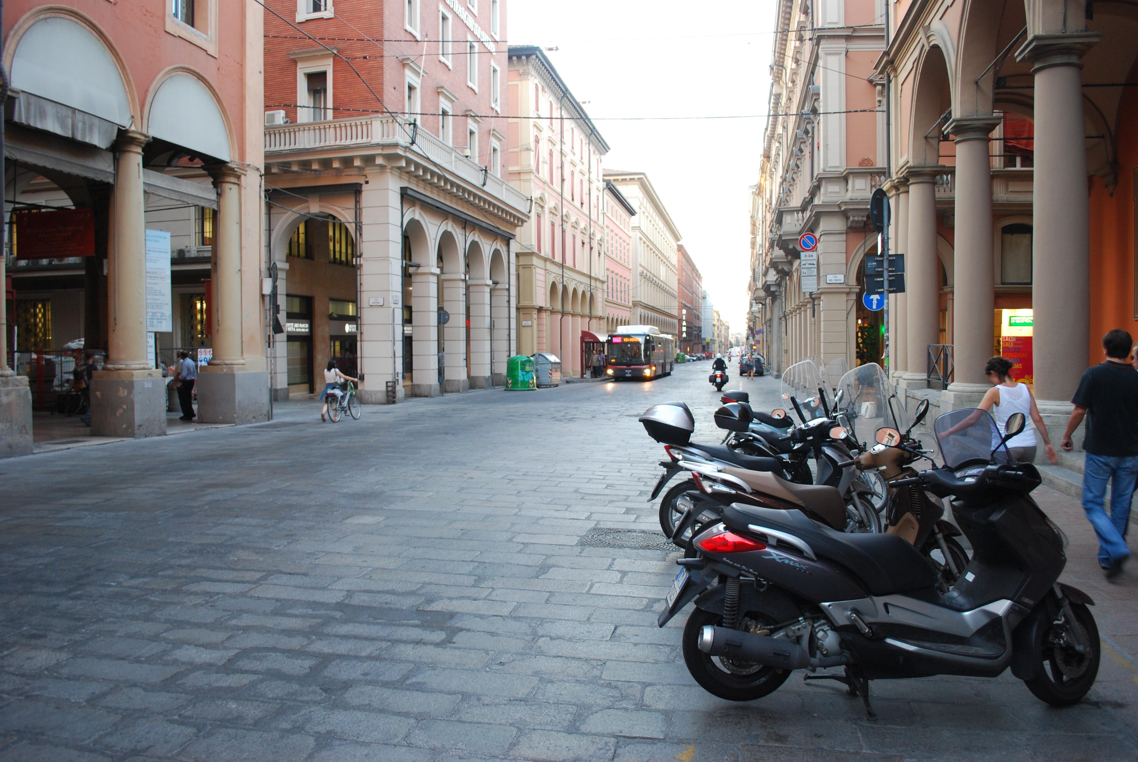 Via dell'Indipendenza, Bologna