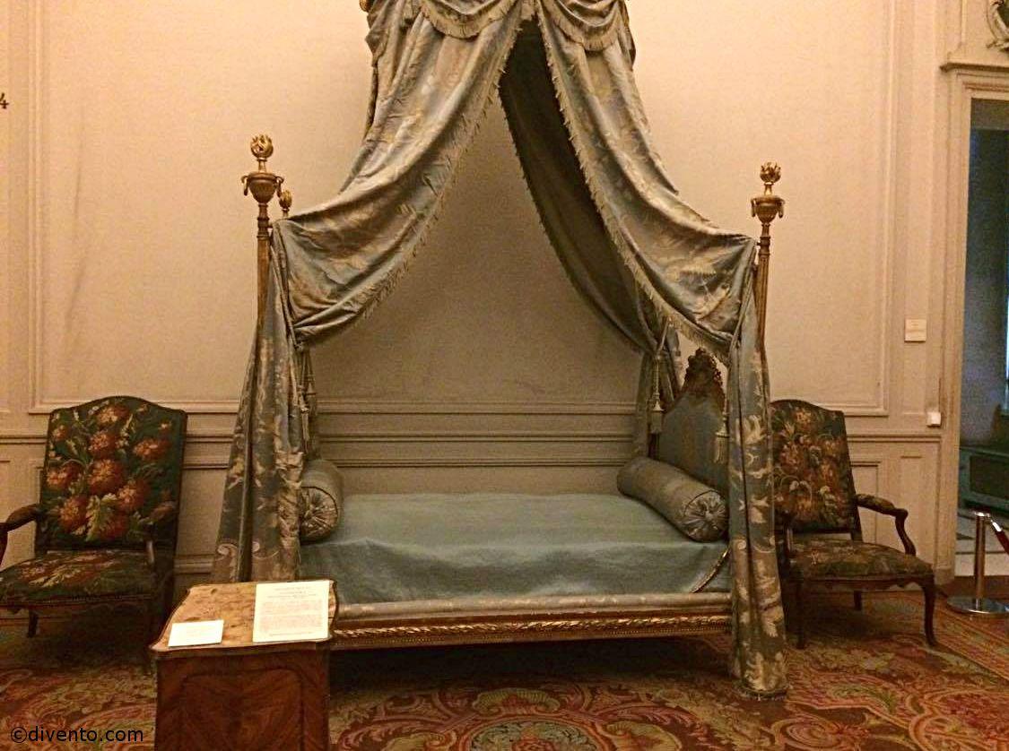 Musée des tissus et des arts décoratifs, Lyon: All year