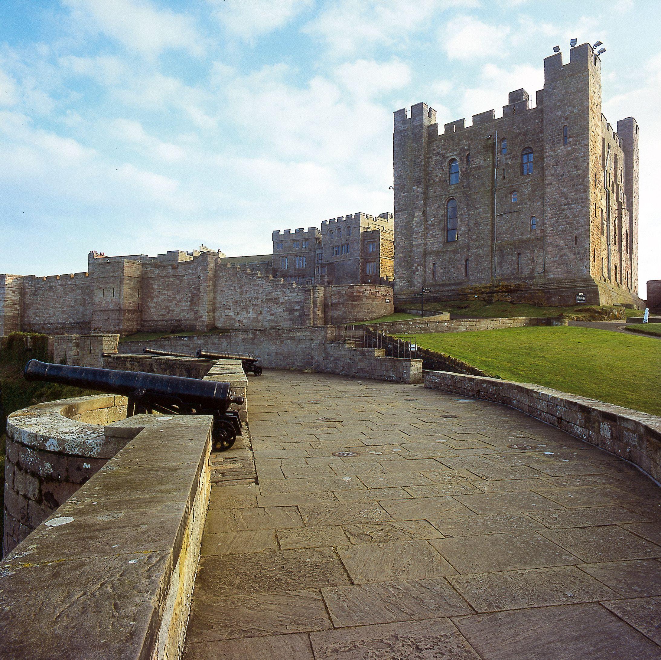 Bamburgh Castle, Northumberland, England ©️ Nick McCann