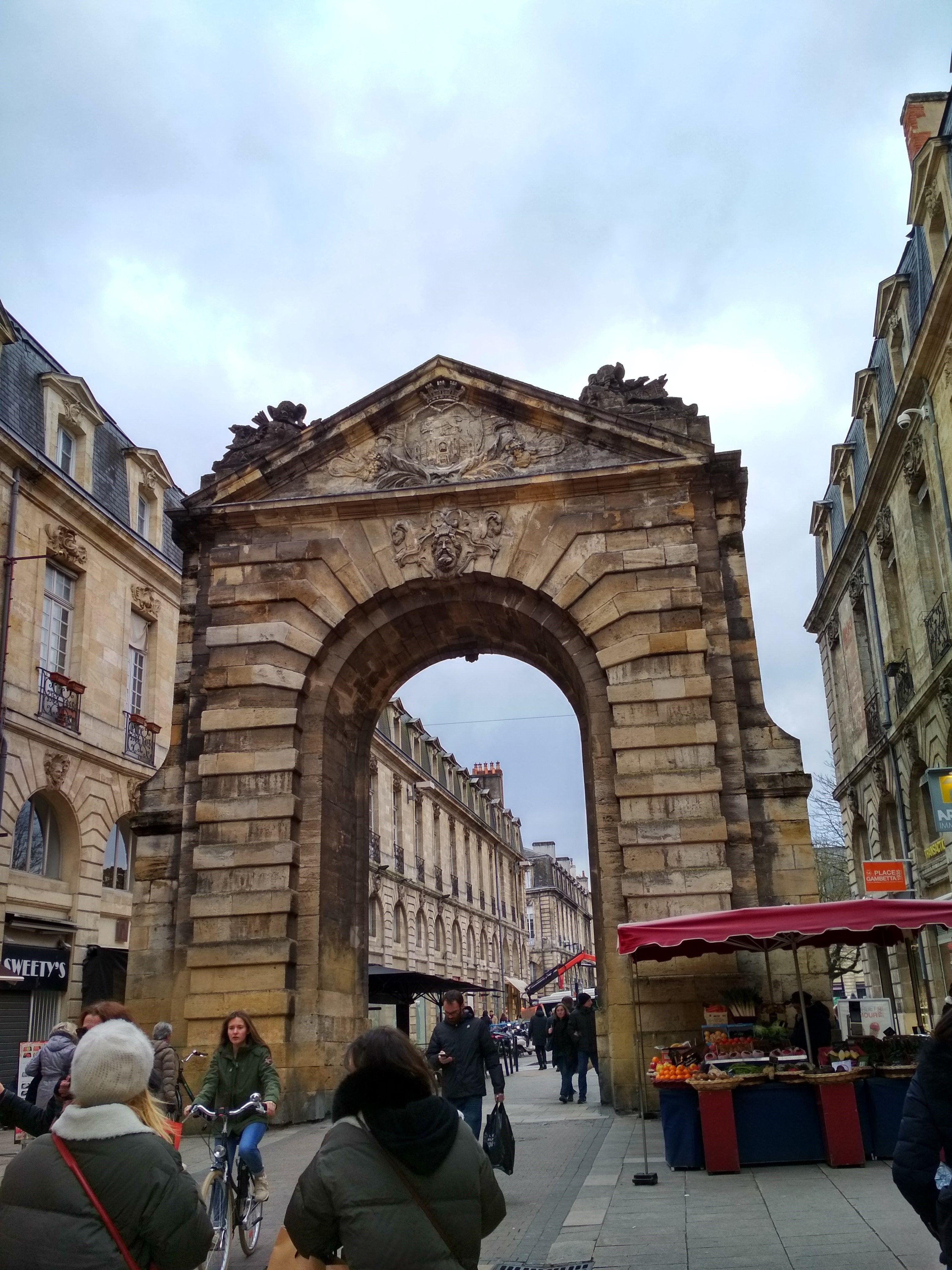 Porte Dijeaux, Bordeaux