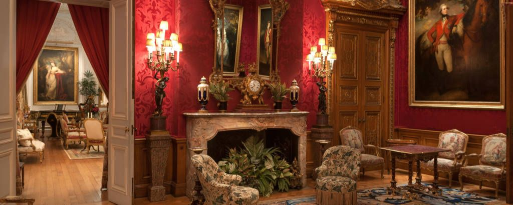 Red Drawing Room. National Trust, Waddesdon Manor / Mike Fear