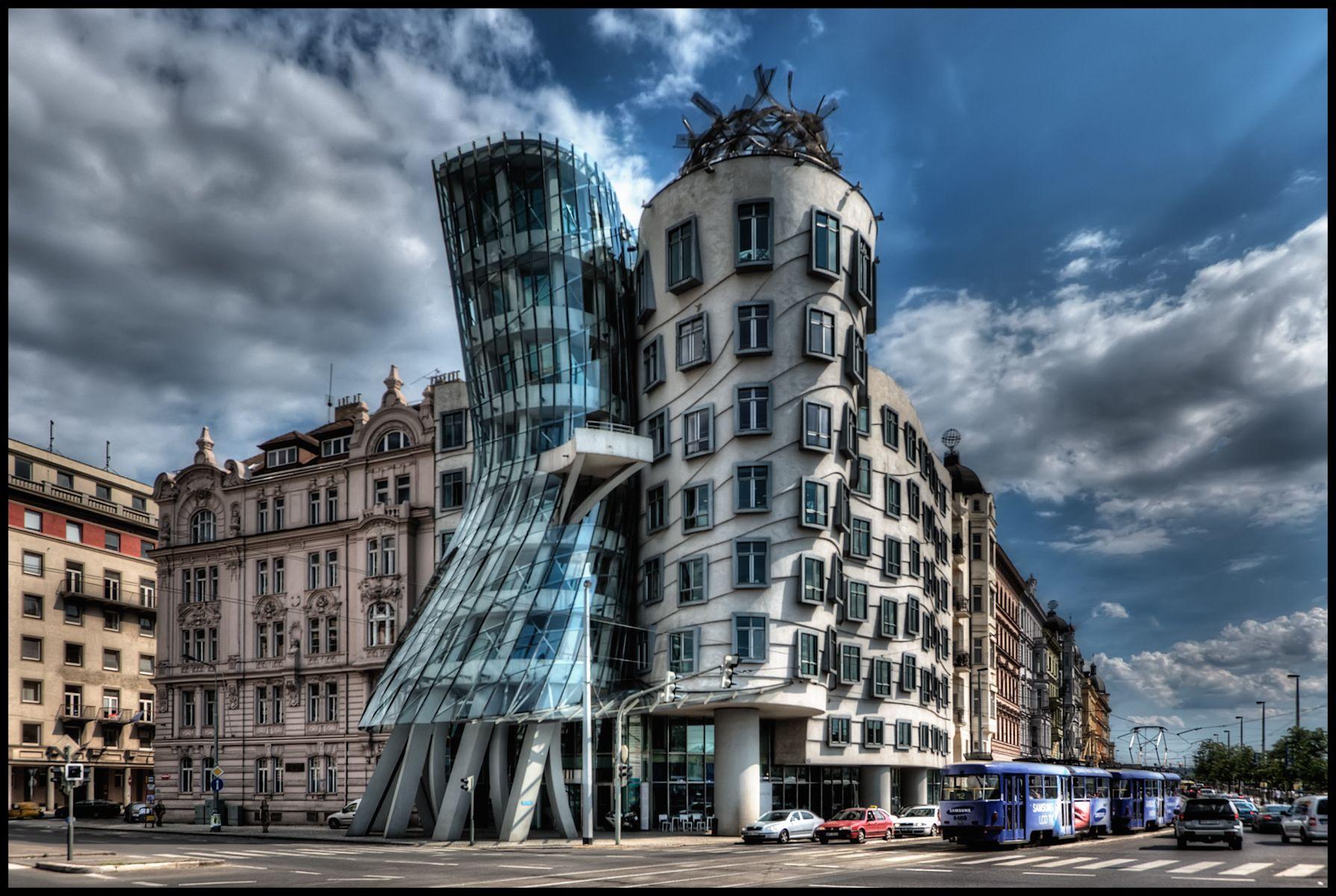 Dancing House, Prague