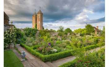 Sissinghurst Castle Garden, Biddenden, England