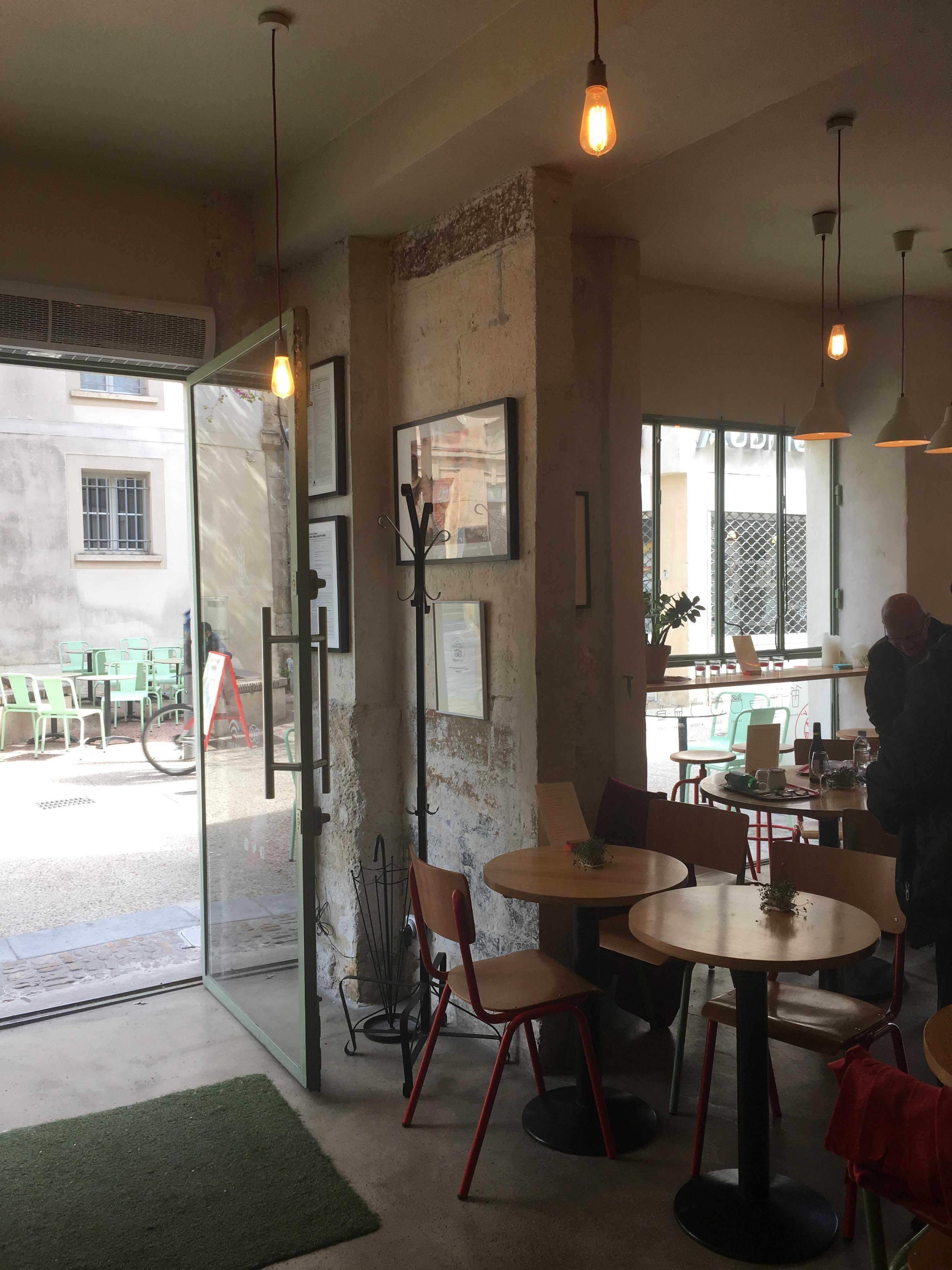 Vivotto, Avignon