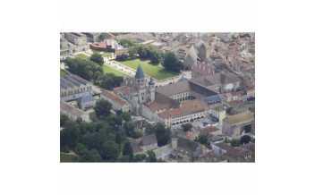 Abbaye de Cluny, vue aérienne prise du nord-ouest @ 4vents - CMN