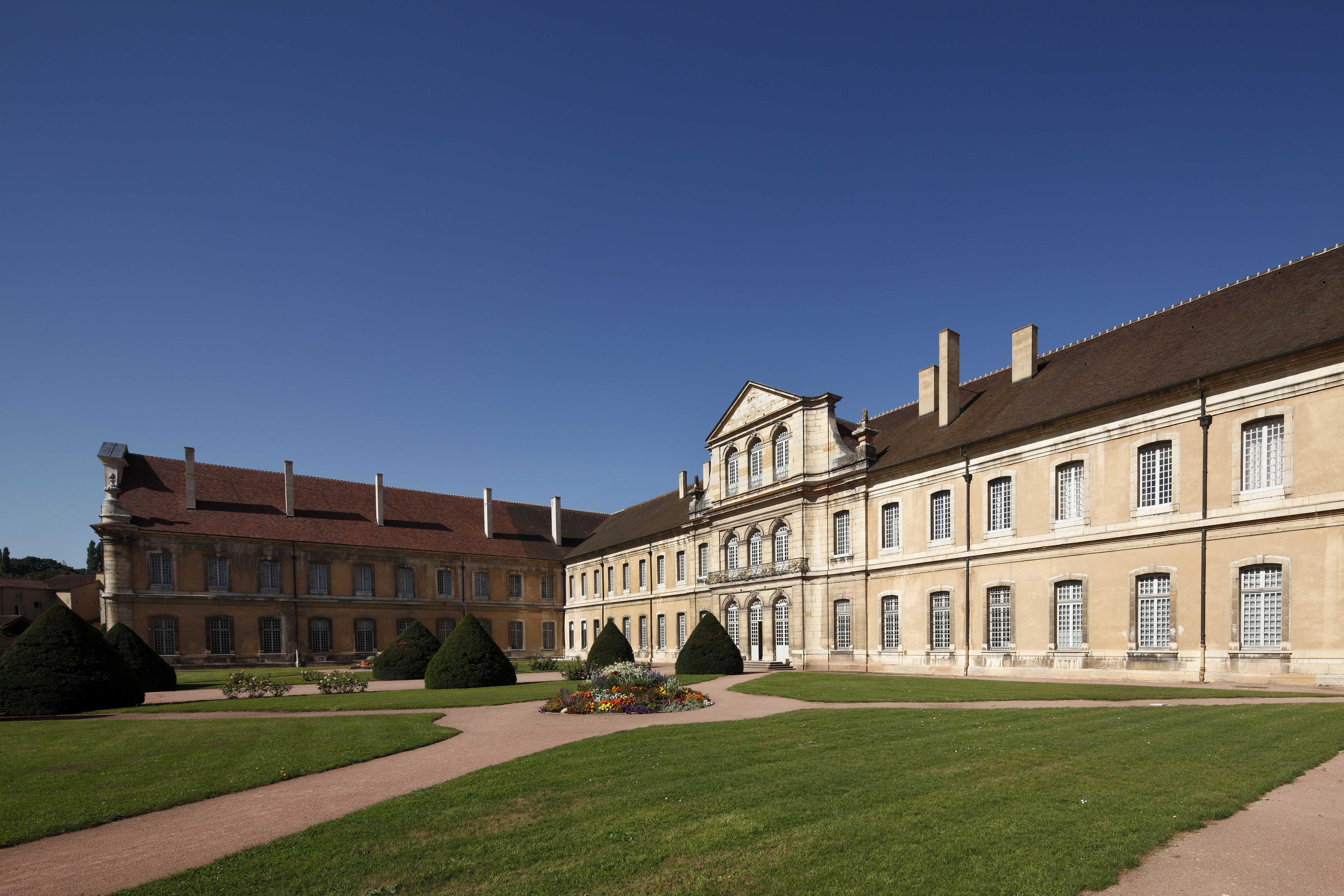 Abbaye de Cluny, bâtiment conventuel @D.Bordes_CMN_FLC