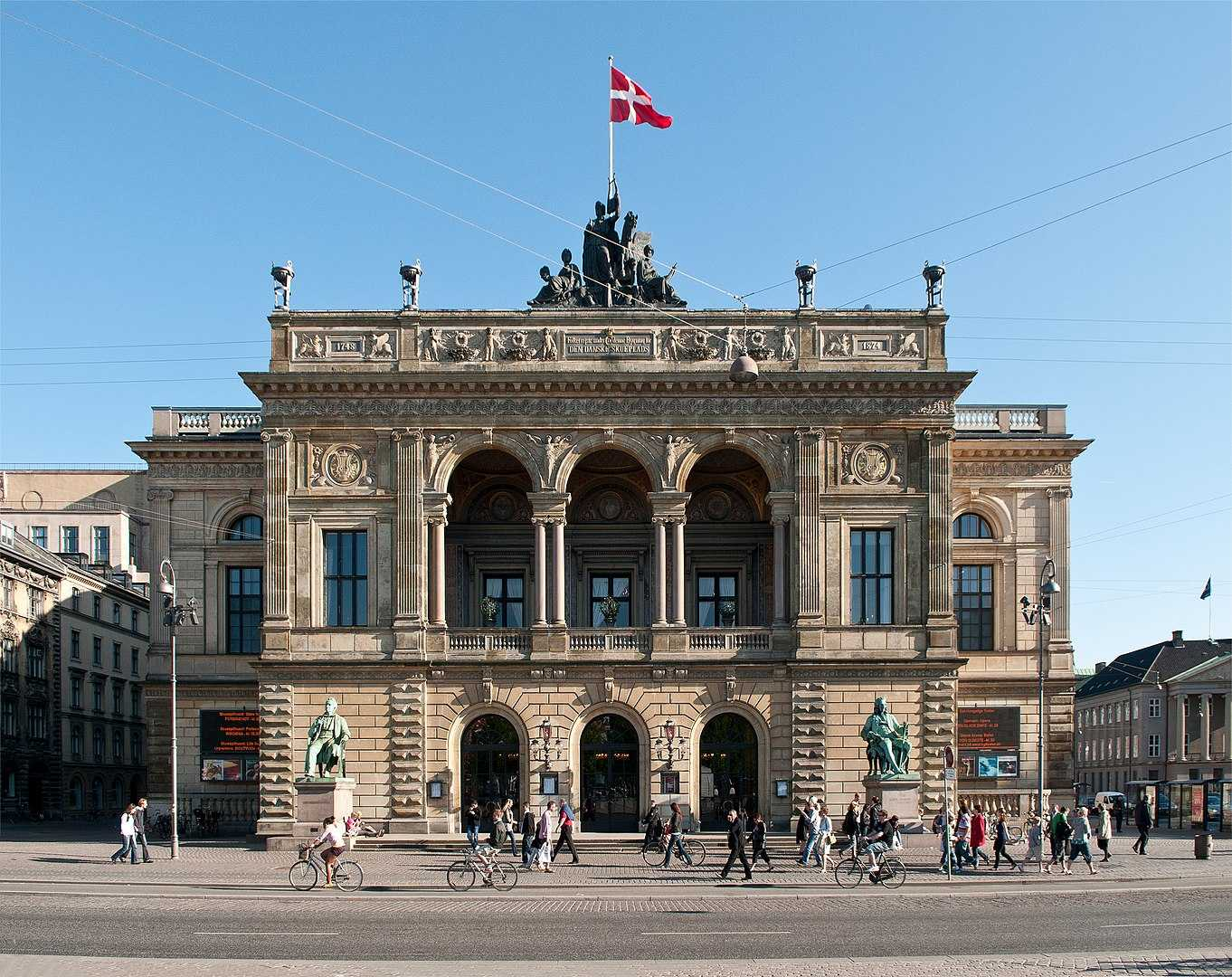 By Axel Kuhlmann - Kopenhagen, CC BY 2.0, https://commons.wikimedia.org/w/index.php?curid=17987026