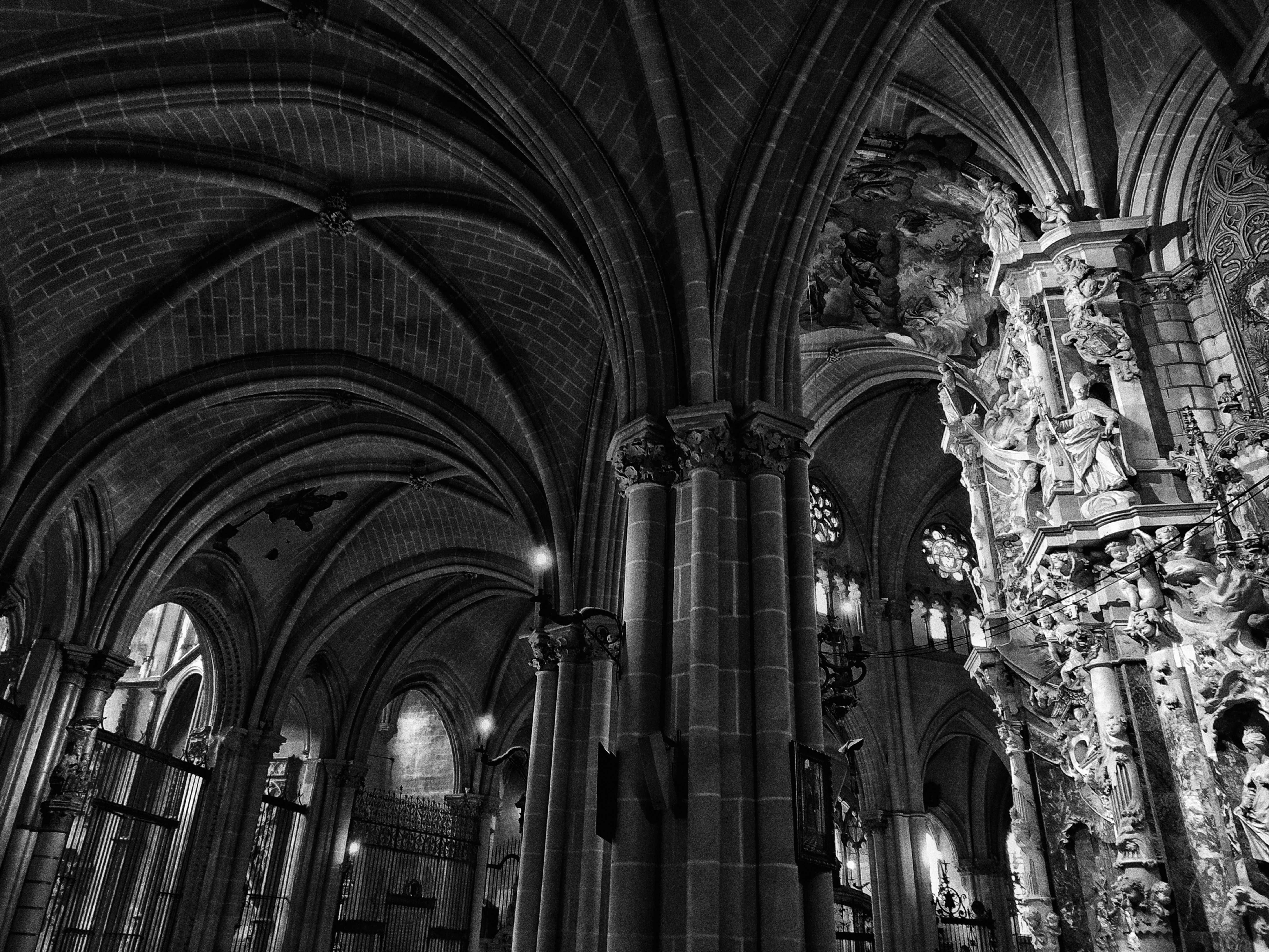 Catedral Primada de Toledo, Calle Cardenal Cisneros, Toledo, Spain Adri Otero https://unsplash.com