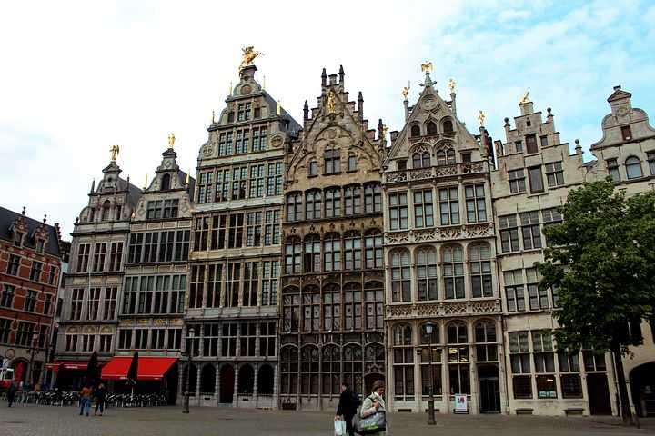 Antwerpen-Centraal, Antwerpen