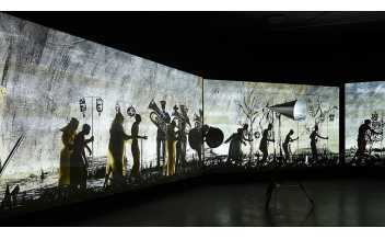William Kentridge, More Sweetly Play the Dance, 2015 (installation: EYE Filmmuseum, Amsterdam, 2015) © Studio Hans Wilschut